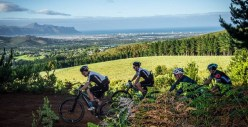 Magnificent views to be seen on the Wines2Whales Adventure route. Photo: Tobias Ginsberg