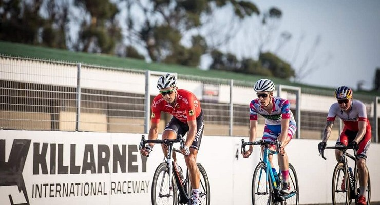 Rohan du Plooy, pictured here in front, will be looking to ride strategically when he tackles the Herald Cycle Tour Road Race in Port Elizabeth on Sunday. Photo: Owen Lloyd