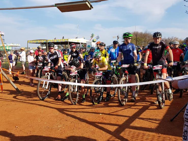 Mountain bikers lining up at the Sondela MTB Race