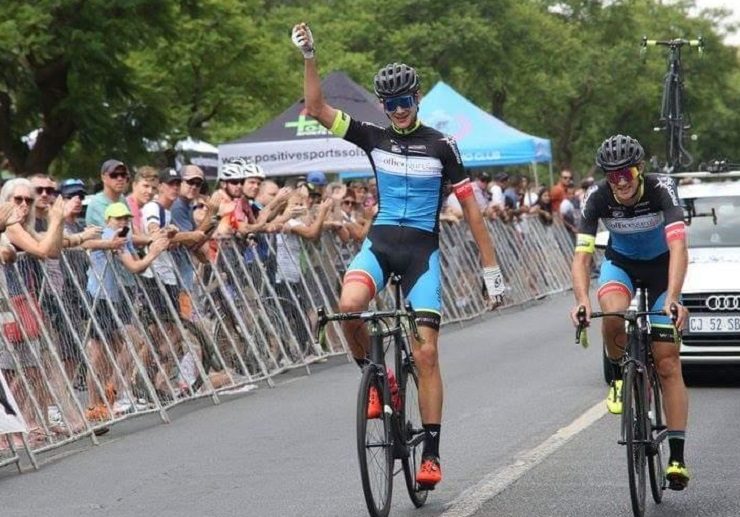 OfficeGuru's Marc Pritzen (left) and Dylan Girdlestone crossing the line simultaneously at the SA national champs road race in Pretoria on Sunday. Photo: Supplied