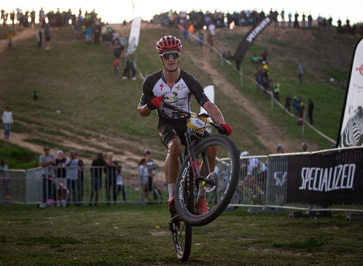 Sam Gaze performing a wheelie at the Champions Race in in Kayamandi yesterday. Photo: Michal Červený