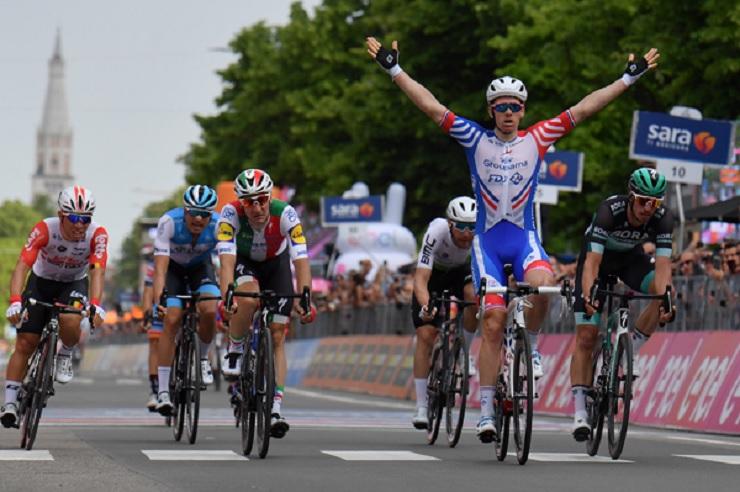 Arnaud Démare won stage 10 of the Giro d'Italia