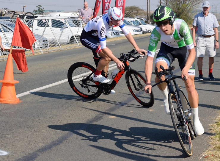 Tiano Da Silva won the U19 men's road race at the SA Junior & Youth National Championships