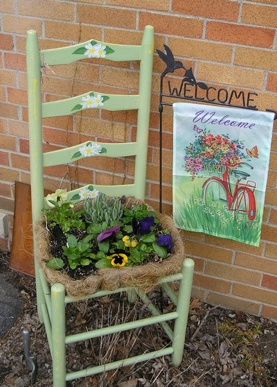 Welcome to In the Garden with Ellen Leigh