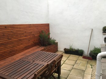 2apartment patio