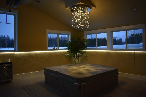 Residential Hot Tub | Chandelier and LED Ribbon