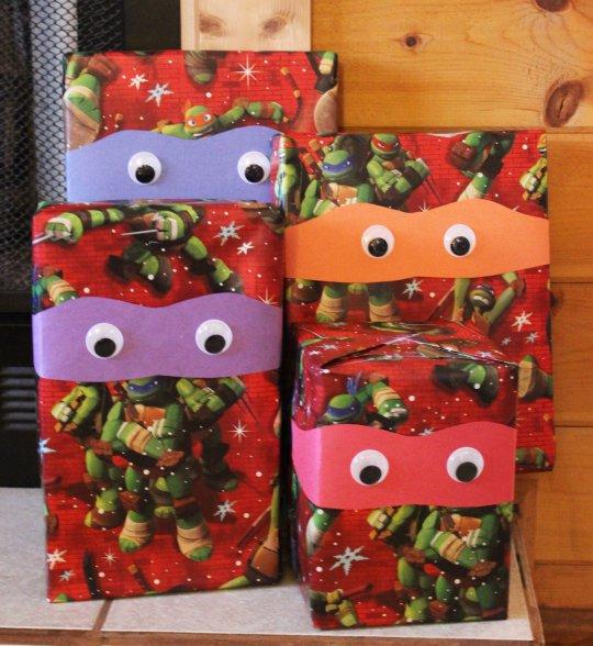ninja turtle gift wrap