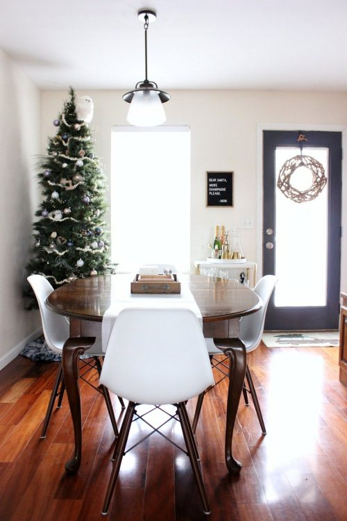 modern minimalist christmas decor dining room