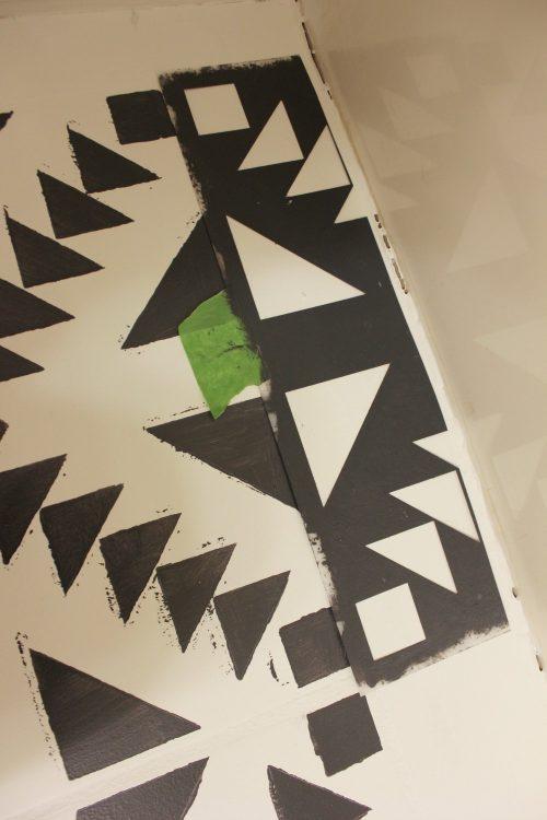 how to trim stencils