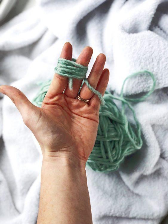 make diy wool dryer balls
