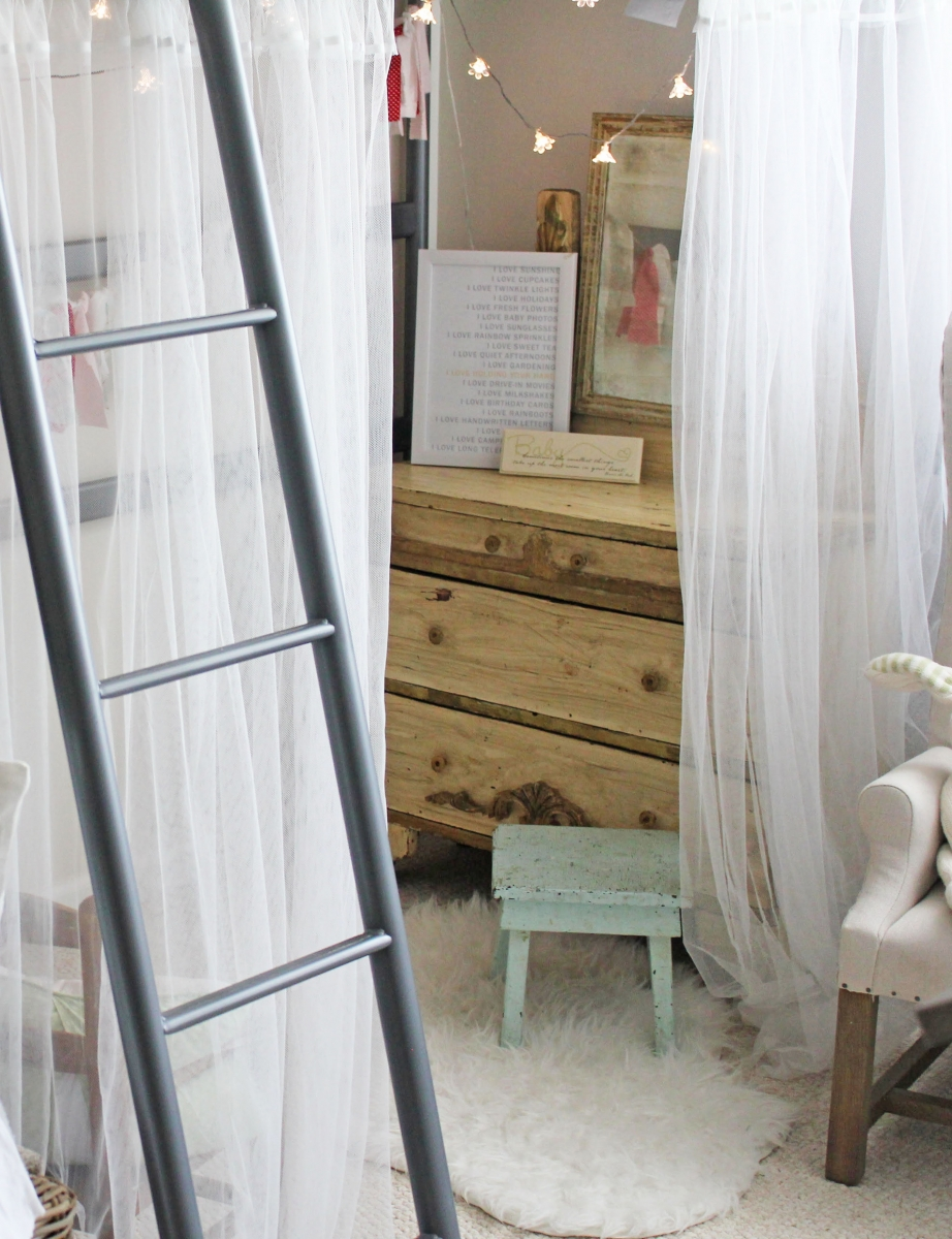Little Girl Bedroom With Bunkbed Drapes