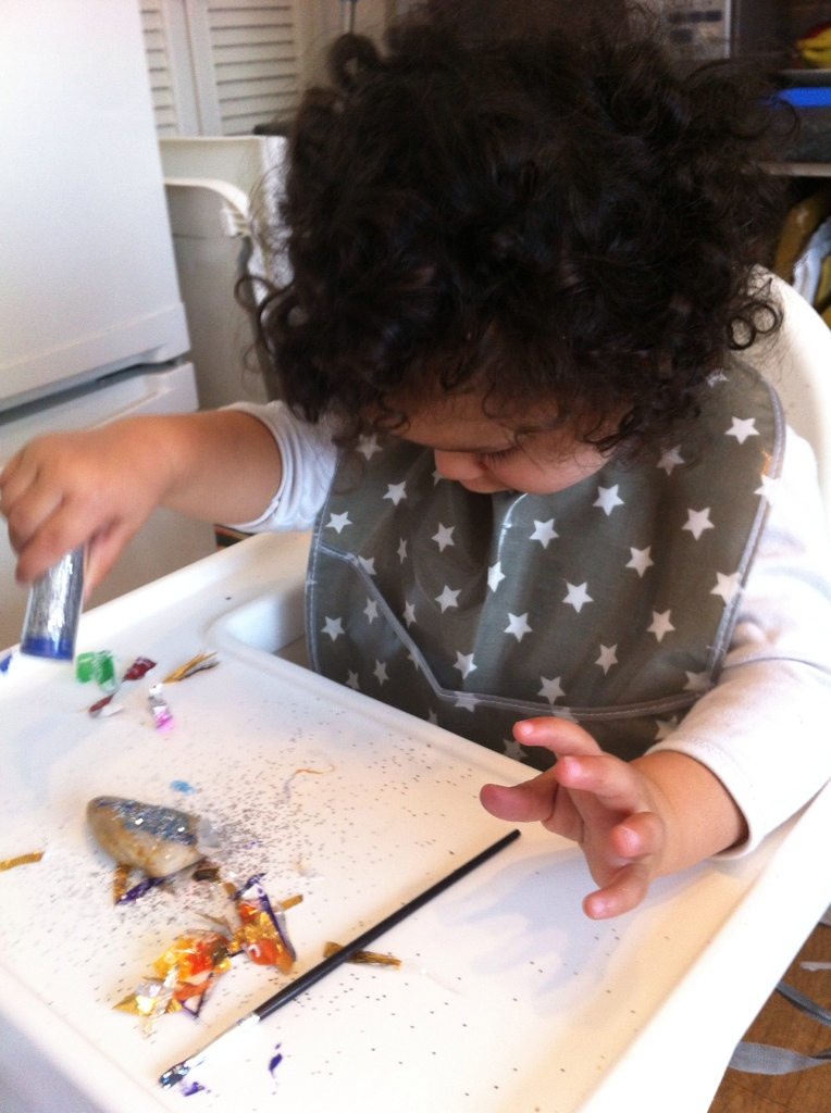decorating stones with glitter