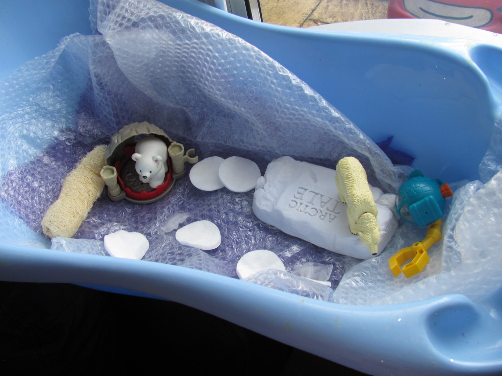 sensory play winter polar sensory bin