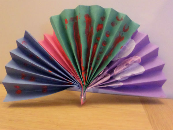 chinese crafts for kids - making a fan