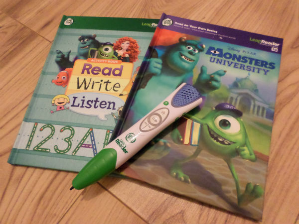 leapfrog leapreader resources to help children learn to read