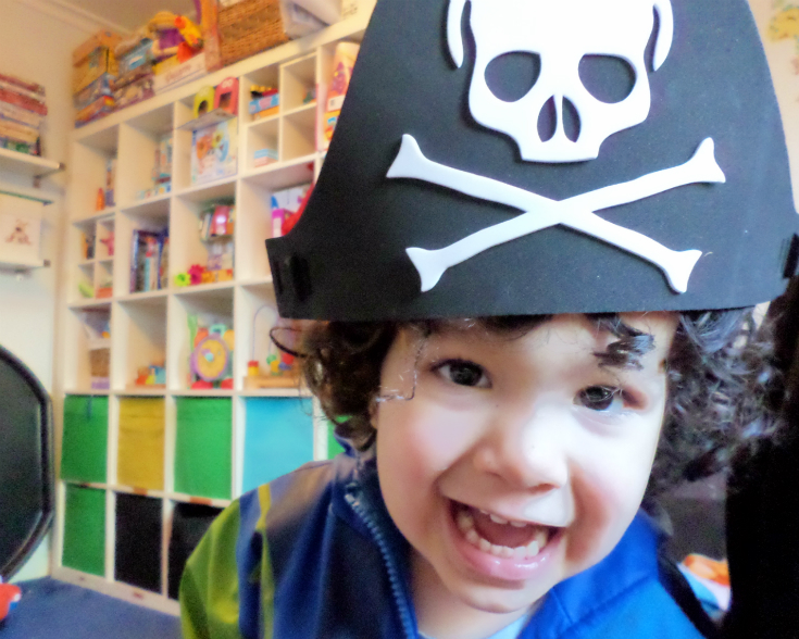 pirate hats for a pirate craft party