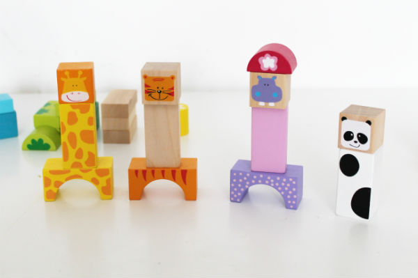 Making character with Bigjigs wooden blocks