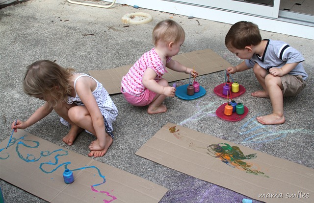 kids art idea - cardboard as a canvas by mamasmiles.com