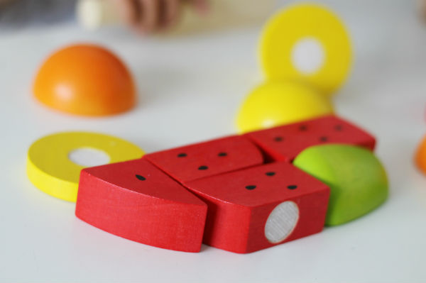 bigjigs cutting fruit set