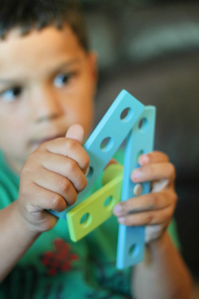 making numbers with bigjigs wooden construction