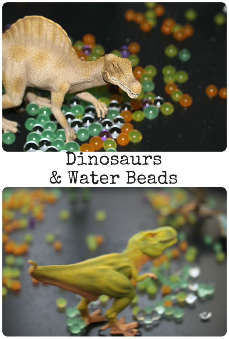 sensory play with dinosaurs and water beads
