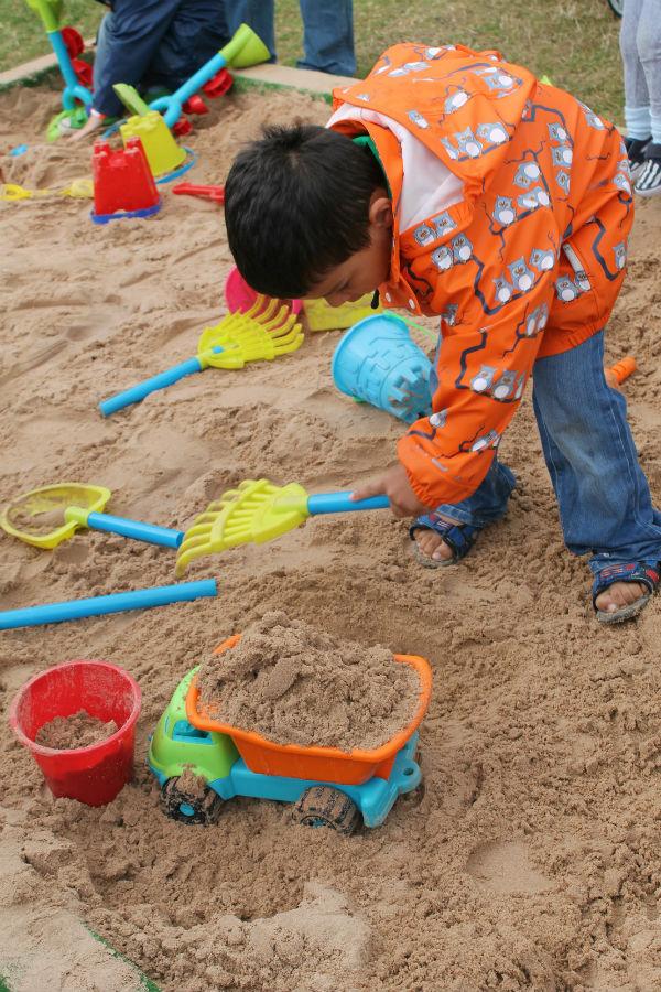 lollibop sandcastle