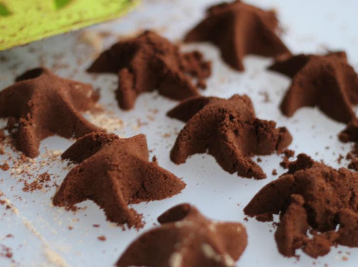 chocolate cloud dough stars