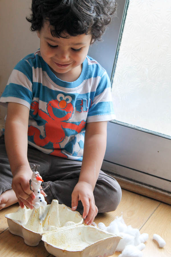 playing with Olaf Frozen snow world