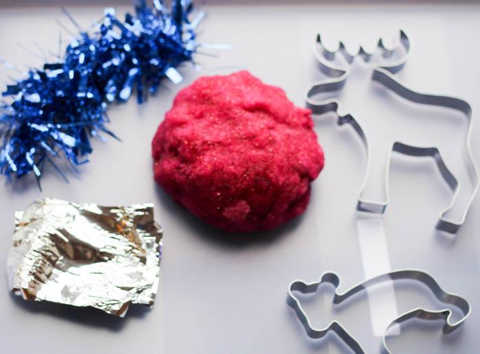 sparkly glittery festive gel squidgy play dough