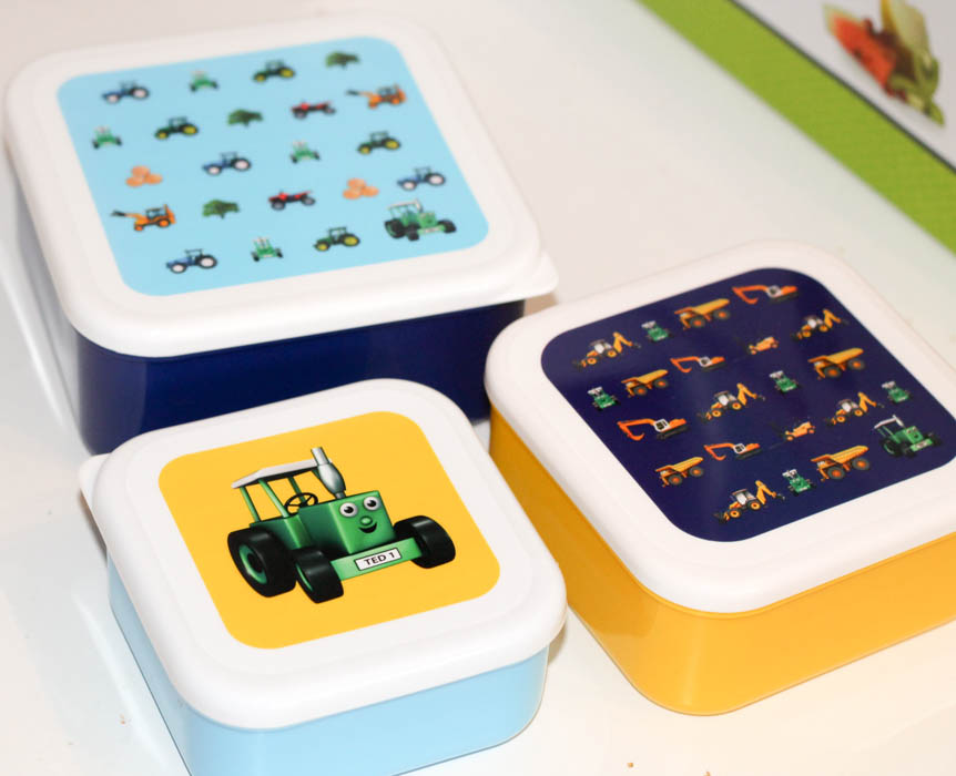 Tractor Ted Snacking pots