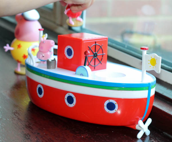 peppa pig grandpa pigs holiday boat toy