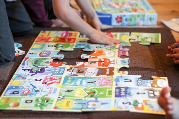 Ravensburger alphablocks giant floor puzzle
