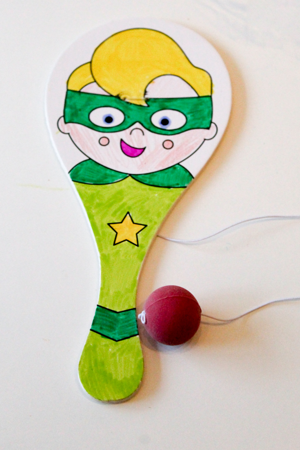 Decorate your own super hero biff bat. Craft activity for a superhero themed birthday party