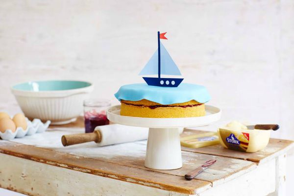Boat themed cake decorating idea, suitable for baby or toddler boys birthday
