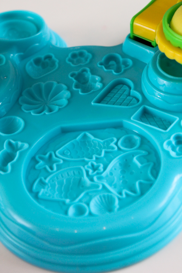 Play-Doh Cupcake Celebration moulds