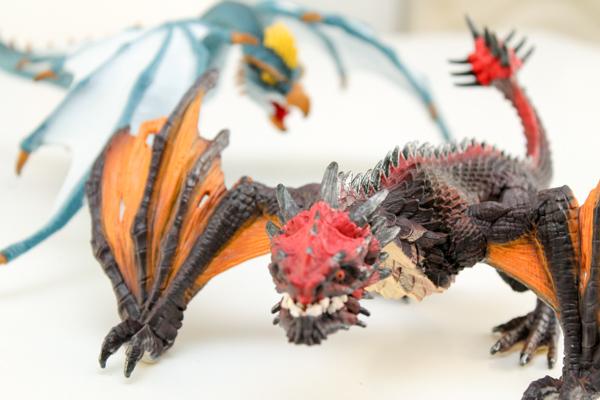 schleich dragons