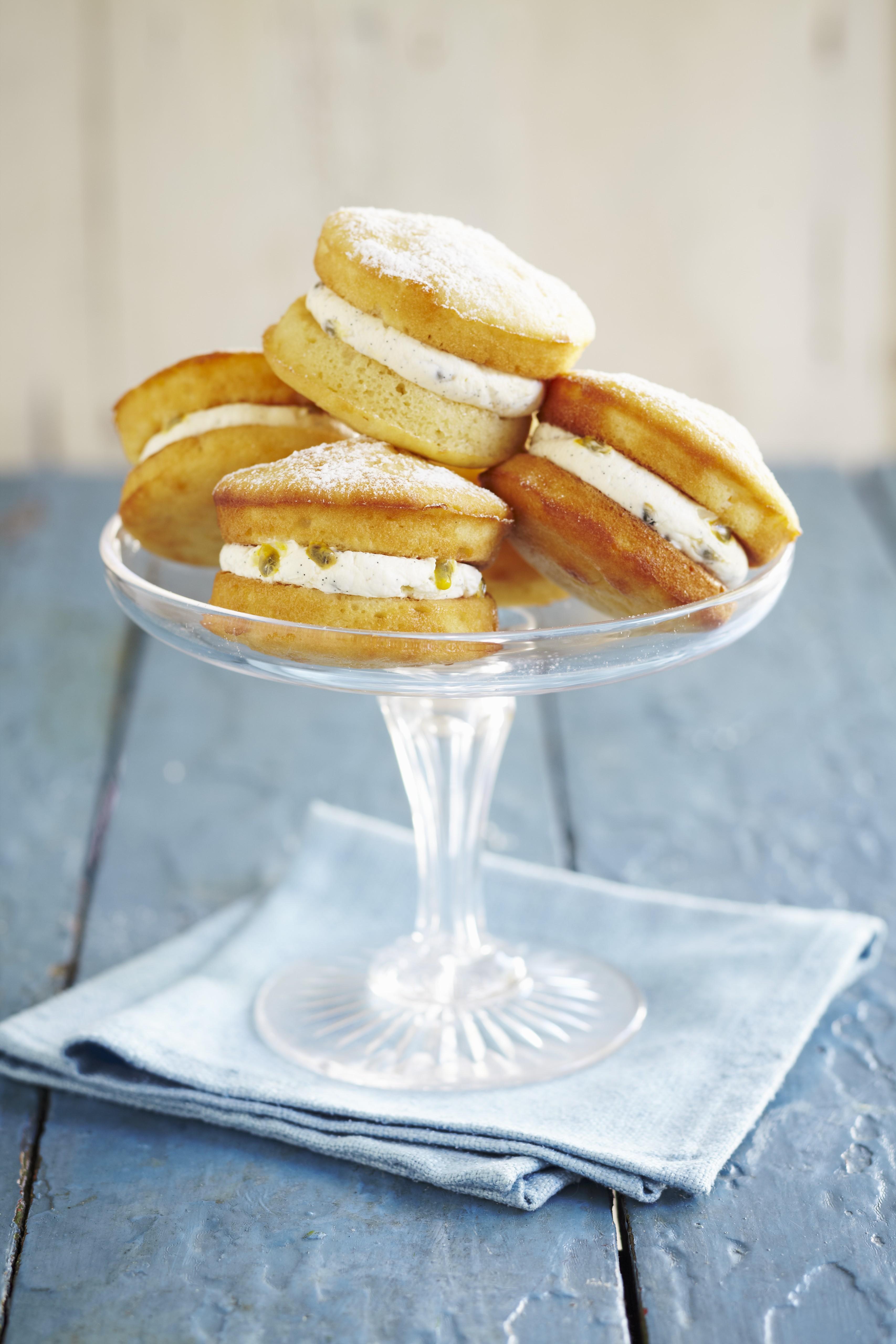 Individual Cream Filled Sponge Cakes