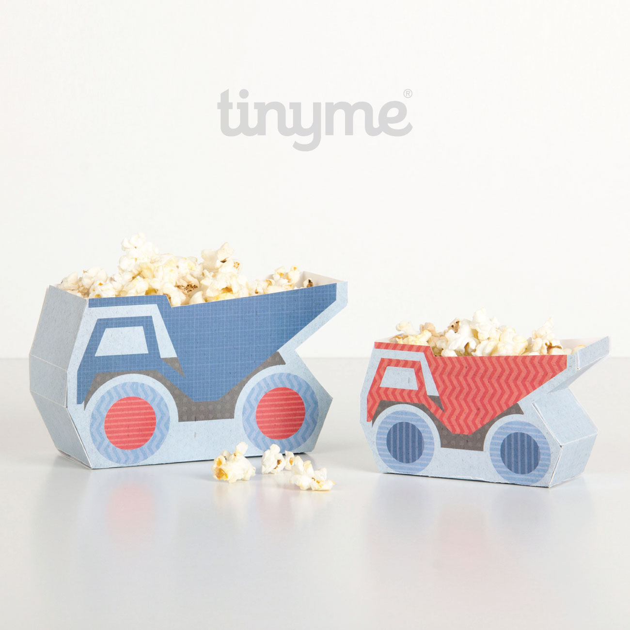 free printable truck shaped snack boxes for a construction themed party