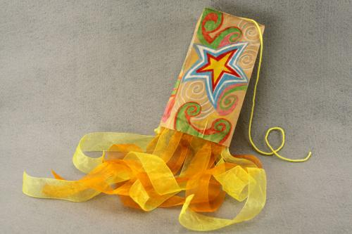 Fun and exciting paper bag crafts for your kids in the for Brown paper bag crafts for preschoolers