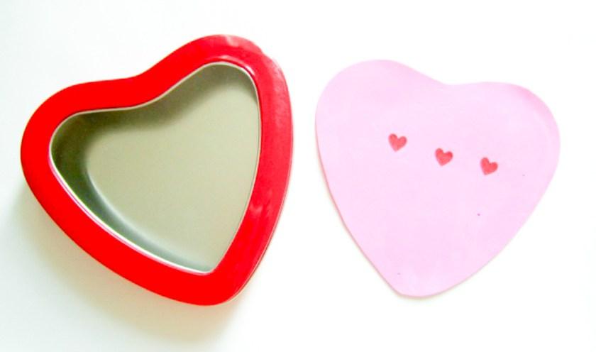 Phoneme heart frame for cvc words busy bag
