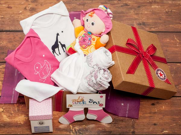 baby-girls-hamper-luxury