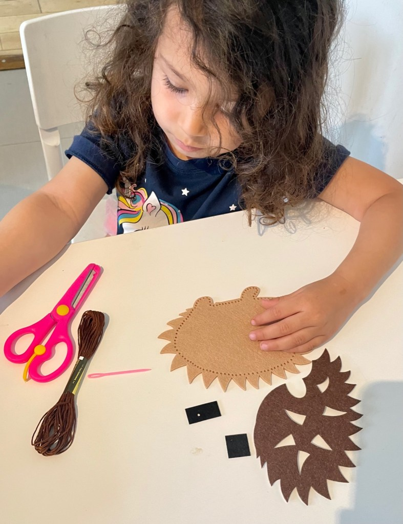 materials for hedgehog felt sewing craft