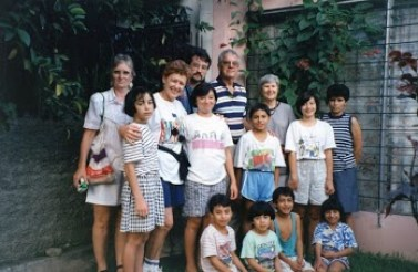 Jerry and Carolyn Parr in El Salvador