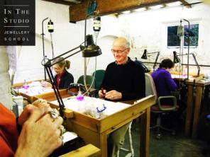 Casting-Workshop-Students-at-the-Bench