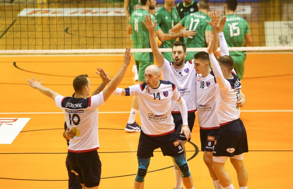 Η πρώτη ήττα του Παναθηναϊκού στο πρωτάθλημα από τον Φοίνικα Σύρου με 3-0 στο κλειστό του Αγίου Θωμά στο Μαρούσι!
