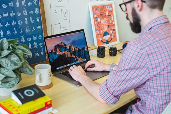 how to manage your remote team