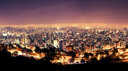 "Nazwa miasta oznacza ""piękny horyzont"". / Its name, meaning beautiful horizon"