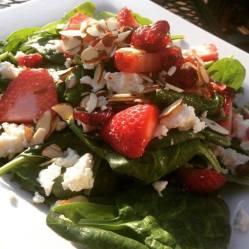 900 Degrees | Strawberry Summer Salad