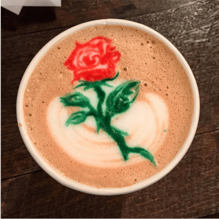 Cafe La Reine | Rose Latte Art