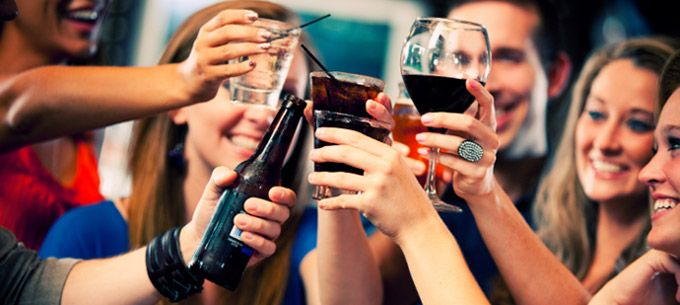 6 Ways Drinking Alcohol Makes You Healthier